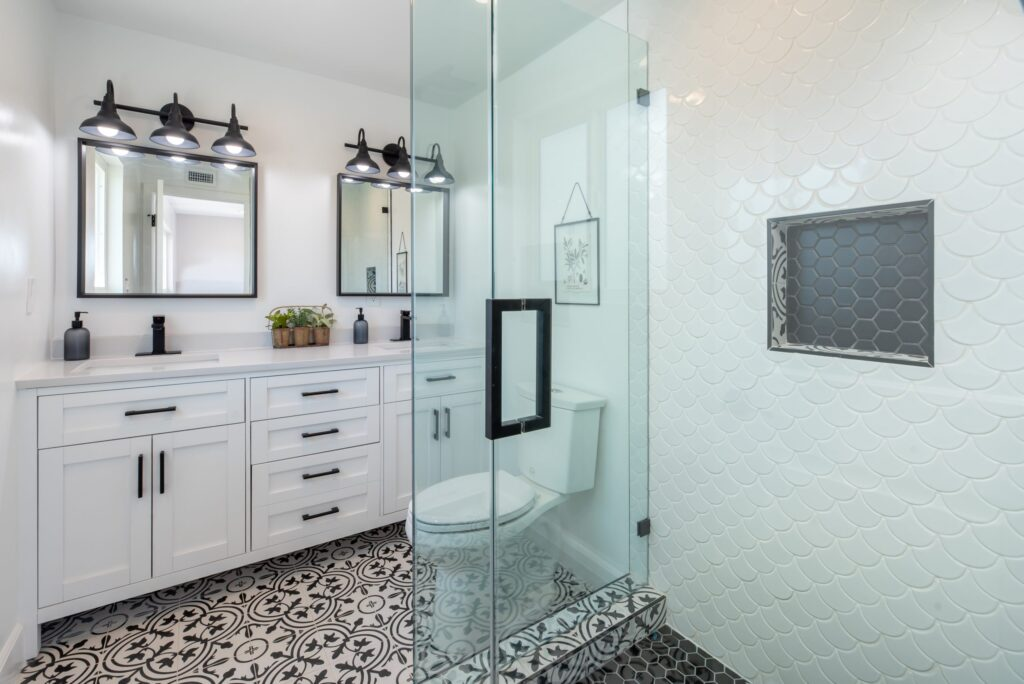 Best Paint Colors For Small Bathrooms With No Window